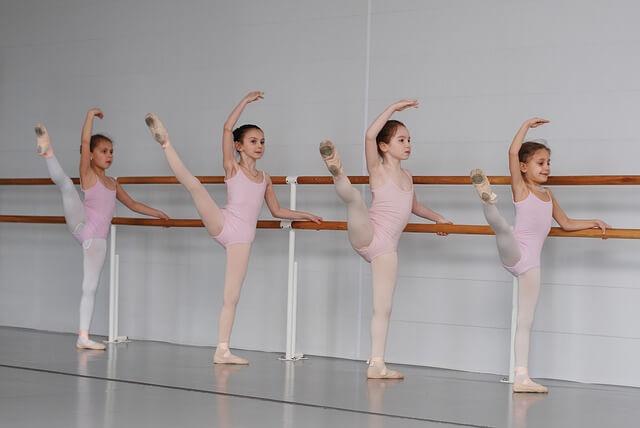 nombres llamativos para escuela de baile